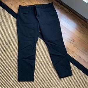 Gap [12 R] Black Skinny Ankle Pants